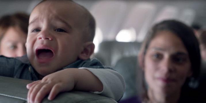 【Cannes Lions】赤ちゃんが泣くたび、みんなが笑顔になっちゃう飛行機って!? 母の日に、JET BLUE航空からのサプライズな贈り物「FlyBabies」